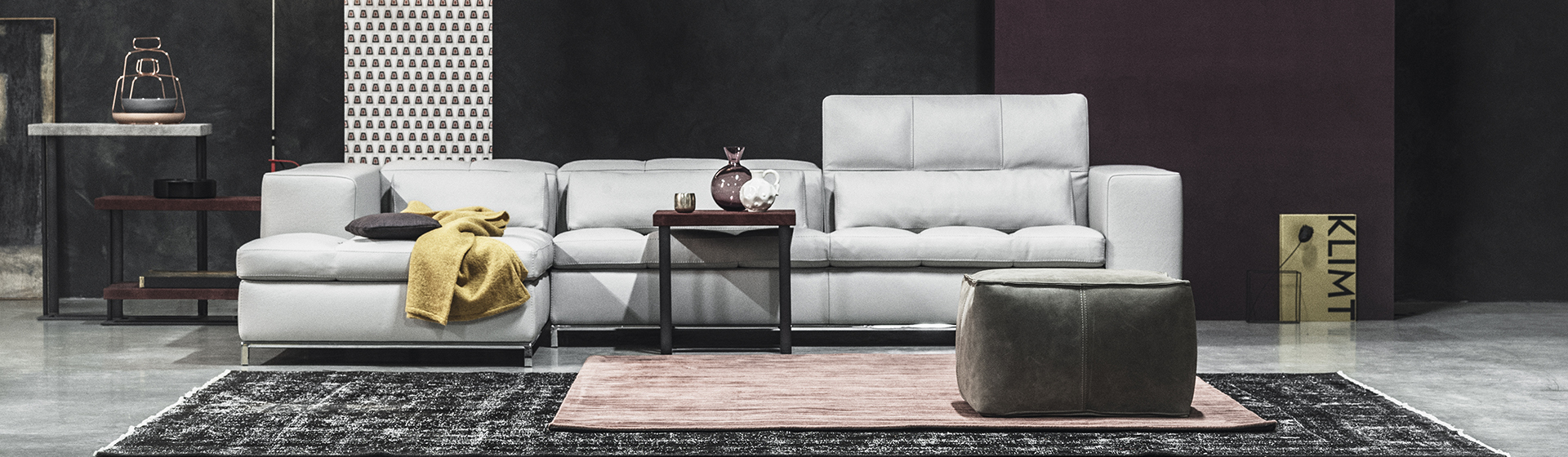 Распродажа кожаных диванов